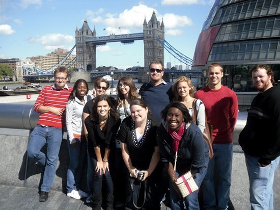Main 4 Methods To Study Abroad For Free