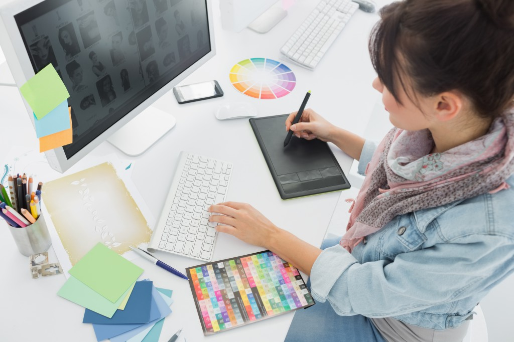 4 Things No Graphic Designer Should Be Without