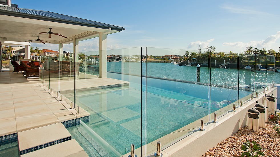 Boresi fencing gives you complete pool security the for Glass pool gate