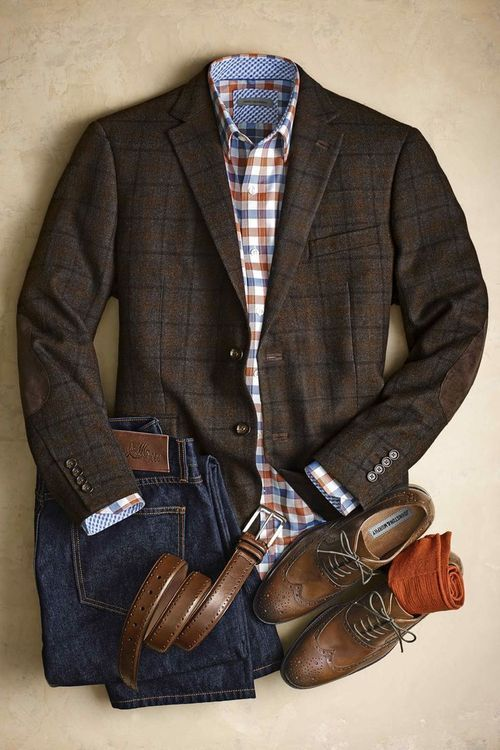Building A Career Wardrobe from Scratch: 4 Tips For Men
