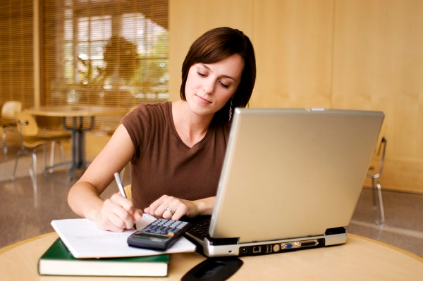 Online Distance Learning Courses & Its Benefits To Students