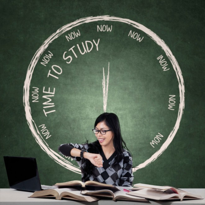 Can You Work Full Time and Study?