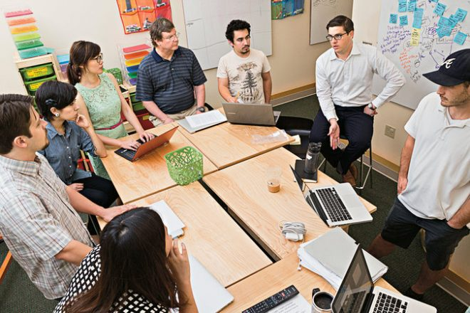 How Business Students Can Increase Employment Chances Before Graduation