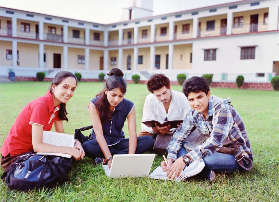 3 Study Traps That Candidates Appearing For JEE Main Should Be Aware Of